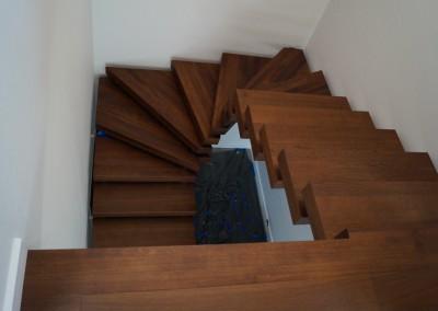 Schody drewniane, schody na beton, schody wolnostojące, schody, www.parkieciarz.com.pl, Globex, parkieciarz,